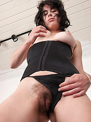 Hairy women galleries