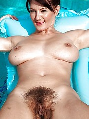 Free obese hairy granny pic