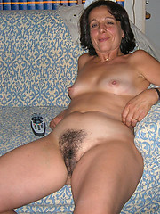 Easy nude hairy amateurs